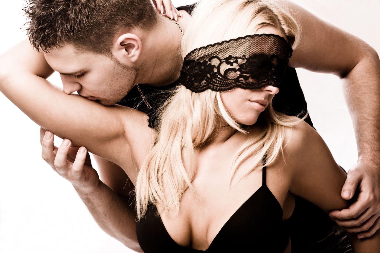 26 апреля – Интеллектуальный клуб ПОД ОДЕЯЛОМ: Сексуальность и измена